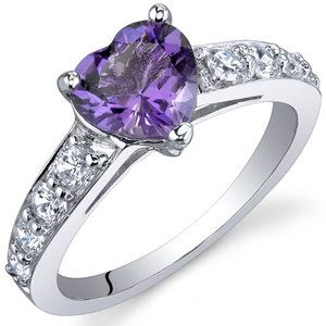 Oravo Dazzling Love 1.00 Carats Ring in Sterling Silver