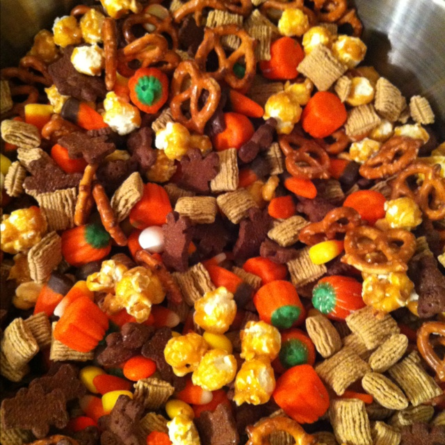 ScareCrow Crunch Halloween treats, Autumn activities