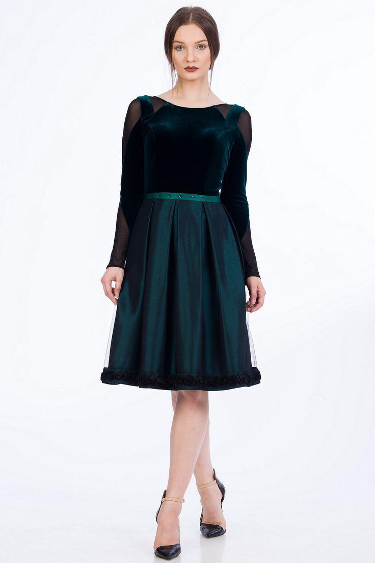 Green ballerina dress. Rochie din catifea/ rochii de seara/ rochii de ocazie/ rochii elegante verde clos.