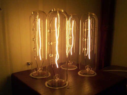 Mad Scientist Lamp: I think old tube light bulbs are beautiful and this DIY lamp showcases them quite nicely.