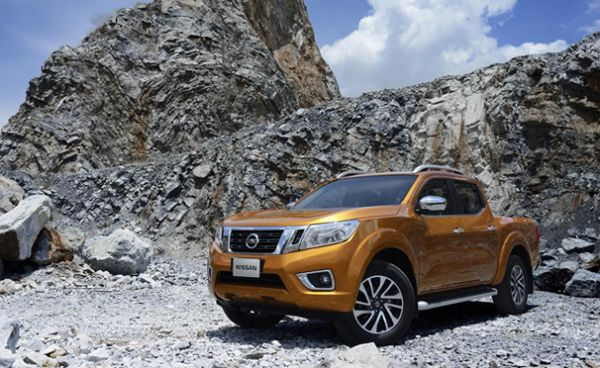 2016 Nissan Frontier Review #cars #nissan #frontier