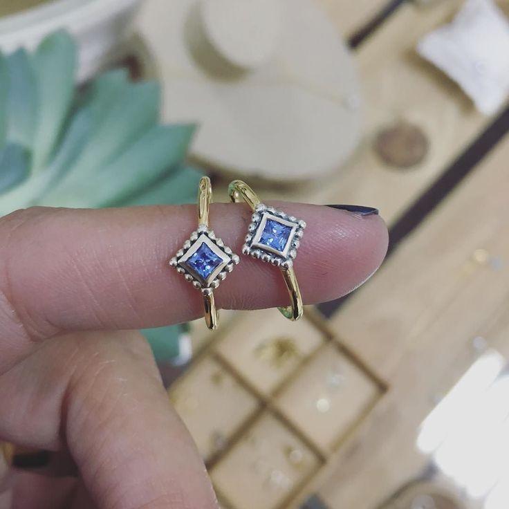 blue monday anillo zenit disponible en cuatro colores pero hoy por ser lunes lo preferimos azul