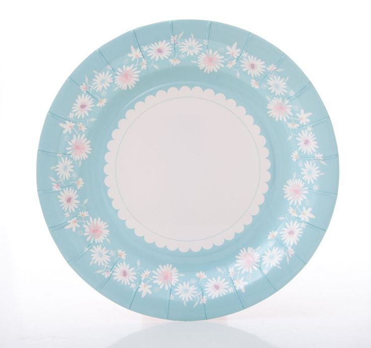 Daisy chain blue party plates.