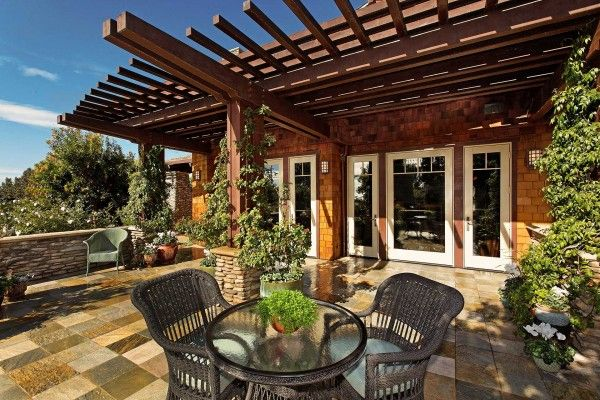 Best Cedar Gables Designed By Architect Dean Meredith Back 400 x 300