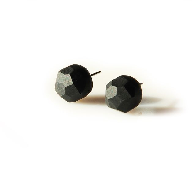 dropsy czarne - Monopolka - Kolczyki wkrętki