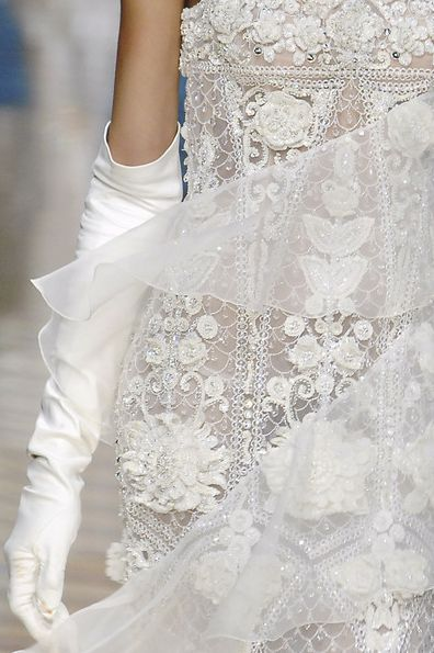Valentino haute couture | See more here: http://mylusciouslife.com/pictures-of-lace/