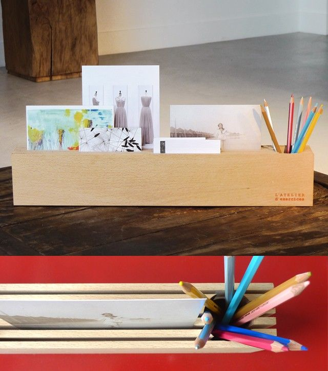 Wood block cards-holder