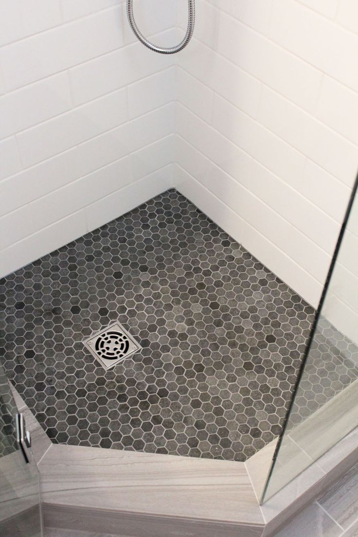 Honeycomb floor with white tile
