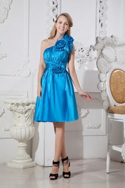 Une Ligne De Satin Robe Élégante Demoiselles D'Honneur rm2671 - http://www.robesmariees.com/une-ligne-de-satin-robe-elegante-demoiselles-d-honneur-rm2671.html - Décolleté: Une Épaule. Tissu: Satin. Manche: Sans Manches. Couleur: Bleu. Silhouette: Une Lign