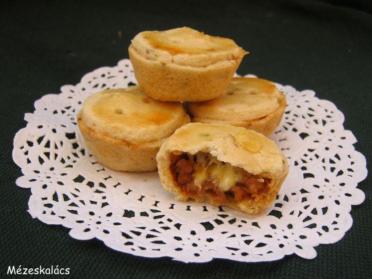 Mézeskalács konyha: Mini húsos pite