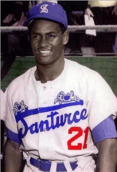 9. su carrera profesinal empezó con un equipo en Puerto Rico se llama Cangrejeros de Santurce cuando el tienía 18 anos.