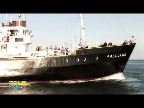 Sleepboot de Holland vertrekt uit de haven www.terschellingfilm.nl - YouTube
