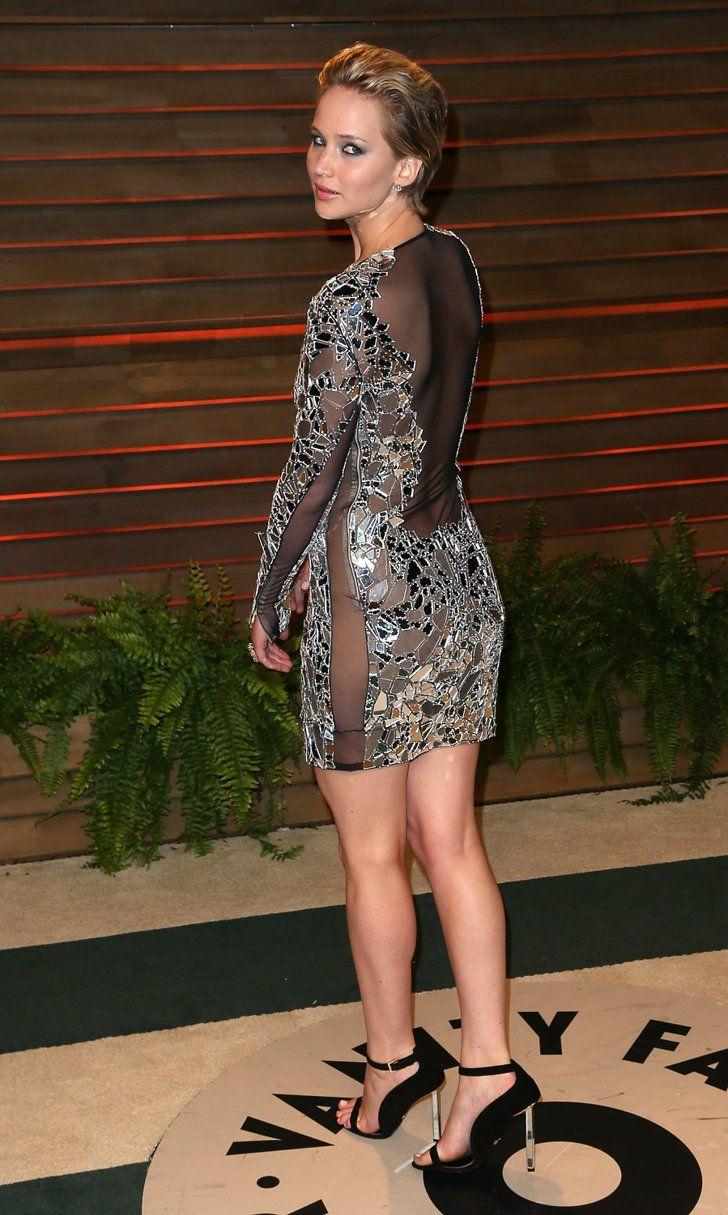 Pin for Later: Les 35 Looks Les Plus Sexys De L'année Jennifer Lawrence Jennifer Lawrence dans une robe Tom Ford.