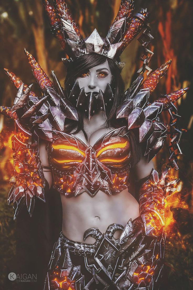 Deathwing #cosplay by Jessica Nigri @ #Blizzcon 2015