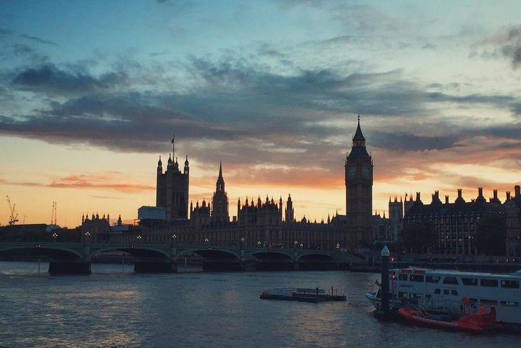 sweet memories of last Monday #work #bigben #bigcitylife #London #skyline #sunset #urban #bigcity #england #uk #setlife #latergram by brinniko