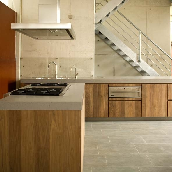 CaesarStone (Oyster) Kitchen worktop by Erbi - Fred Constant