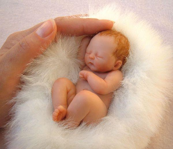 маленький ребенок, реалистичные скульптуры