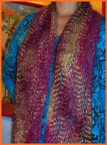 Free Knitting Patterns Scarves Pinterest : Lacy Zigzag Scarf - Easy To Knit And Beautiful Lace Scarf Free Knitting Pat...