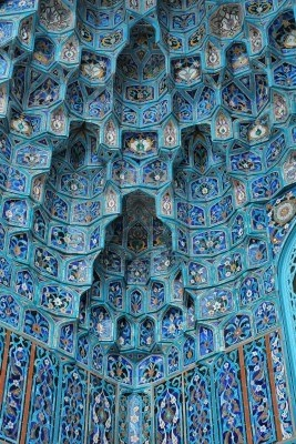 The St. Petersburg Mosque, built in 1913, is the largest mosque in Russia. Its 39 metres high ornate dome and 49 metres tall twin minarets are decorated with azure blue mosaic ceramics thereby giving it the nick name of Blue Mosque.
