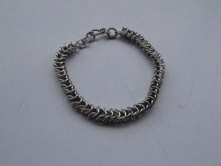 King chain, 925 sterling silver bracelet, is made by Berrin Duma