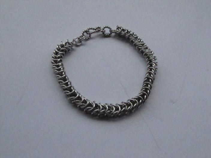 King chain, 925 sterling silver bracelet, is made by Berrin Duma
