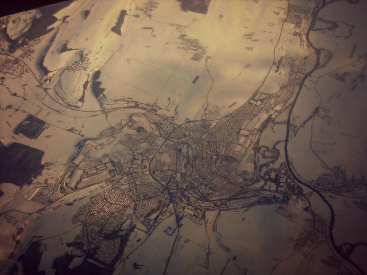 In volo, una città