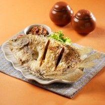 GURAMI GORENG SAMBAL PECAK http://www.sajiansedap.com/recipe/detail/20078/gurami-goreng-sambal-pecak#.U3L1nvmSxRE