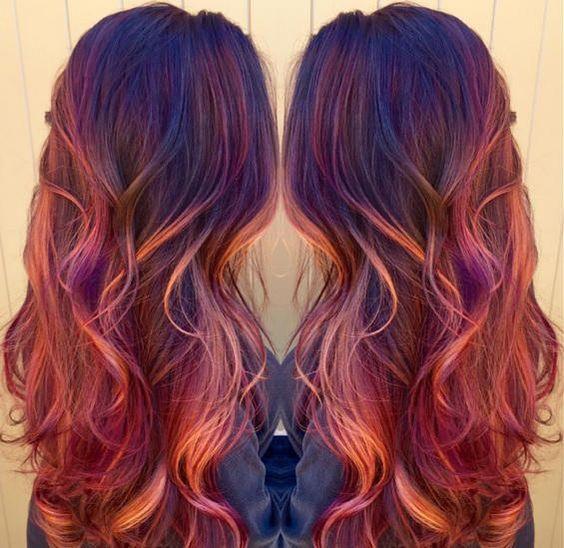 """Sunset Hair: Mit diesem neuen Haar-Trend siehst Du aus, wie """"von der Sonne geküsst"""""""