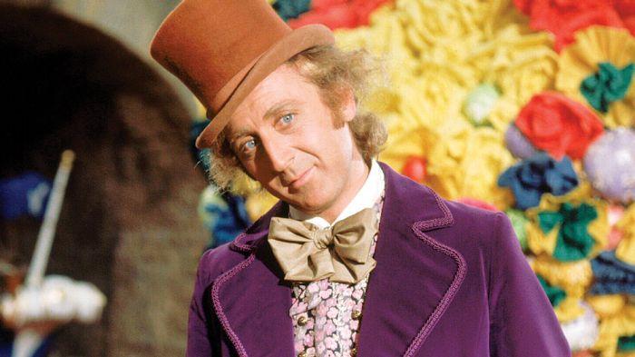 Gene Wilder. - El actor que hizo a Willy Wonka en la versión original sufrió de alzheimer durante 3 años antes de morir y él mismo le pidió a su familia que no lo dijeran a los medios hasta después de su muerte.