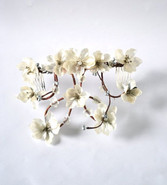 Hey, I found this really awesome Etsy listing at https://www.etsy.com/listing/178409558/flower-head-wreath-cascading-flower-head