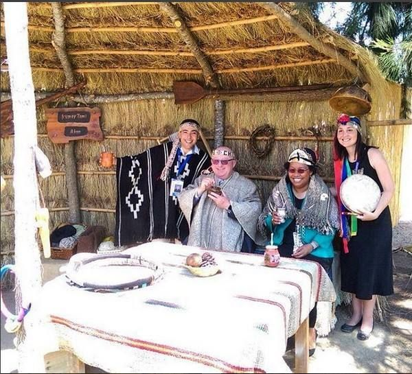 Special Convention Chile 2016. Our Brother Geoffrey w. Jackson enjoying the mapuche habits during his visit in Chile. ⠀