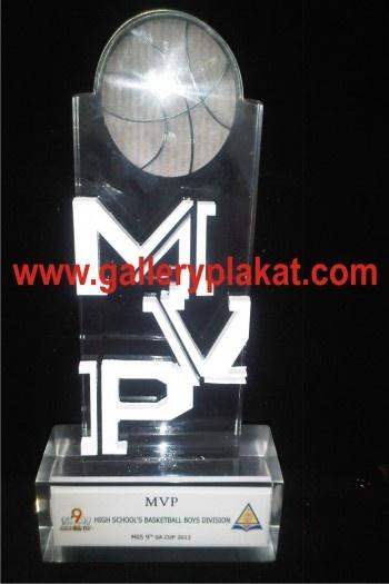 Plakat akrilik mpv ialah plakat untuk kejuaraan basket ball antar sekolah menengah di manado