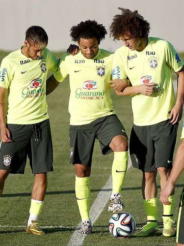 Neymar, Marcelo e David Luiz All soccer players that I like