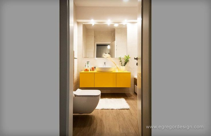 amenajare si mobilare apartament cu doua camere mobila baie mdf vopsit galben