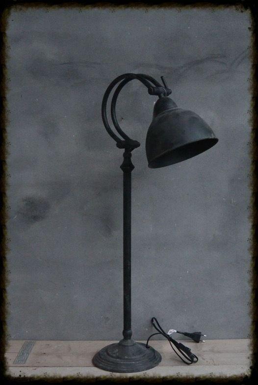 BureauLamp Rond 35x20,5x77 | Lampen (industriele) | Het Grachtenpand CULEMBORG