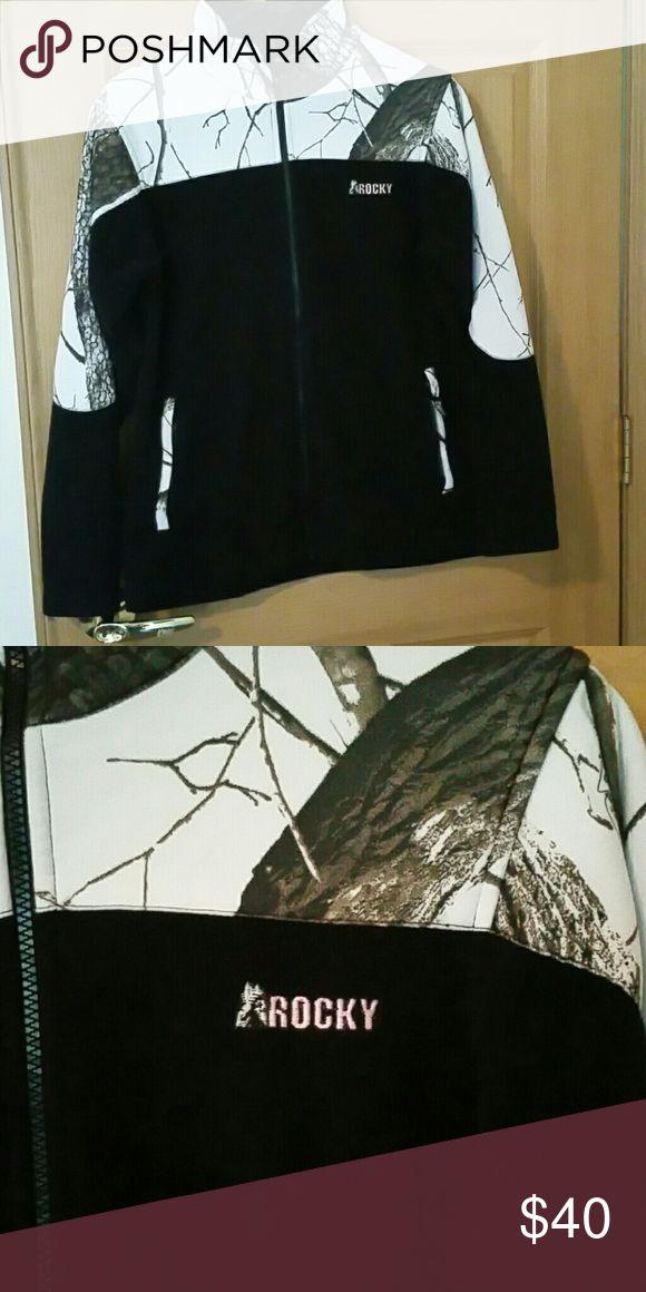Fleece camo jacket Womens fleece camo jacket. Jackets & Coats
