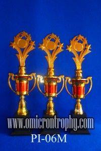 Grosir Piala Trophy Murah Jual Trophy Piala Penghargaan, Trophy Piala Kristal, Piala Unik, Piala Boneka, Piala Plakat, Sparepart Trophy Piala Plastik Harga Murah