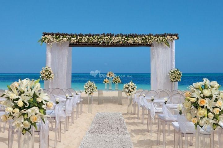Beach Wedding Ceremony Decorations: Wedding Ideas - Beach Theme