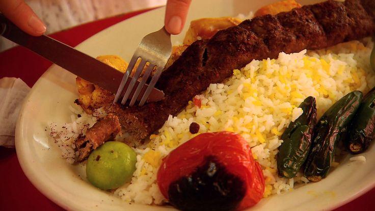 Probablemente el único lugar de comida iraní en el DF; abiertode viernes a domingo de 1 PM a 7 PM.
