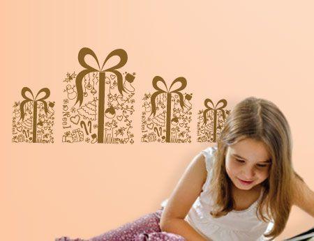 Αρχίζουμε σιγά - σιγά να κάνουμε τη λίστα με τα δώρα των Χριστουγέννων... η καλύτερη στιγμή για τα μικρά παιδιά και όχι μόνο!!
