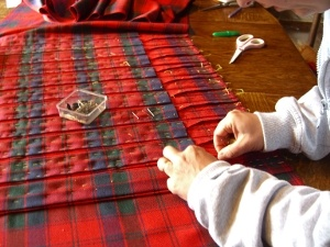 the fine art of kilt making  www.lady-chrystel-kilts.com