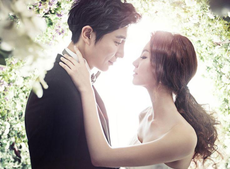 Korea Pre-Wedding Photography in Studio & Dosan Park, Seoul by May Studio on OneThreeOneFour 1