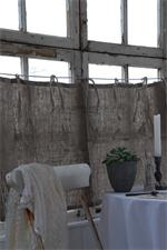 burlap curtains/feed sacks -- I do love me some burlap -- maybew this could be cute!!