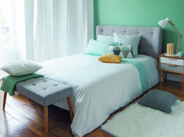 1000 id es sur le th me t te de lit turquoise sur pinterest t tes de lit chambres jaune p le for Chambre scandinave vert