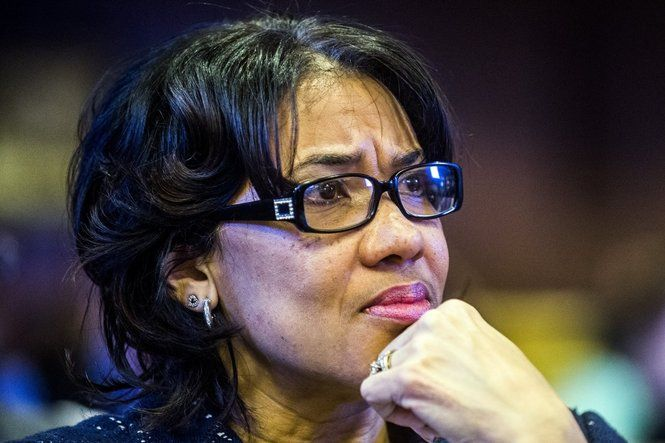 Flint Mayor Karen Weaver says a water task force report shows lack of communication between the city and state officials continues in water crisis.