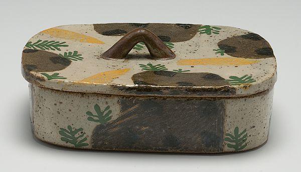 Potters' Market: John Maltby Lidded Box. ca. 1986. (6/4/2011 - Cowan's+Clark+DelVecchio Ceramics Auction)