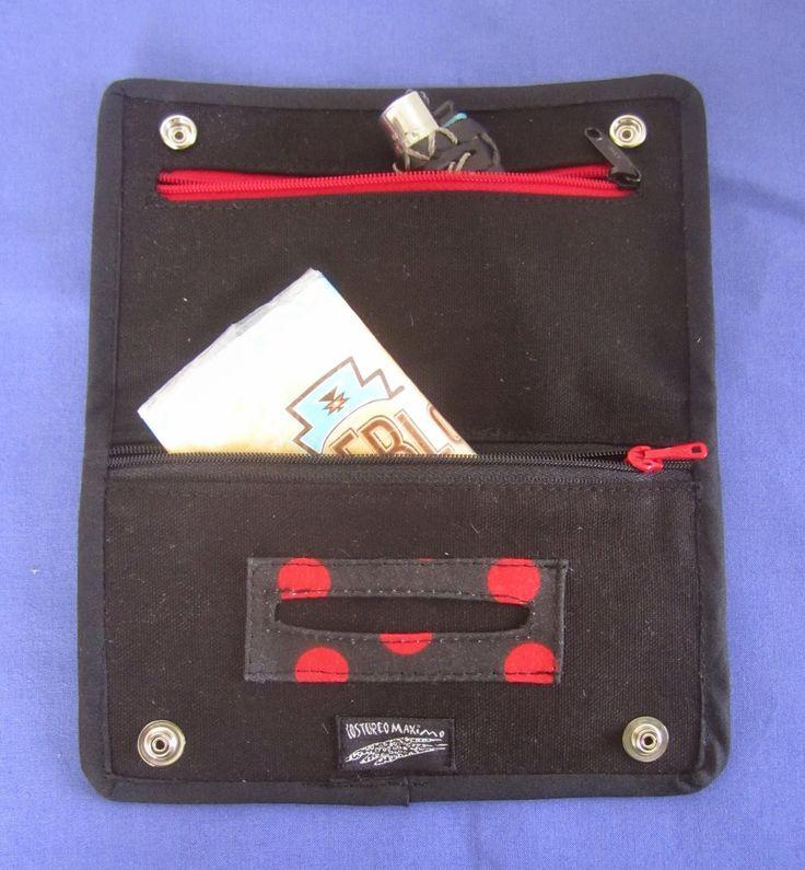 Pitillera tela de lunares con bolsillo de cremallera para el tabaco y dos bolsillos extra