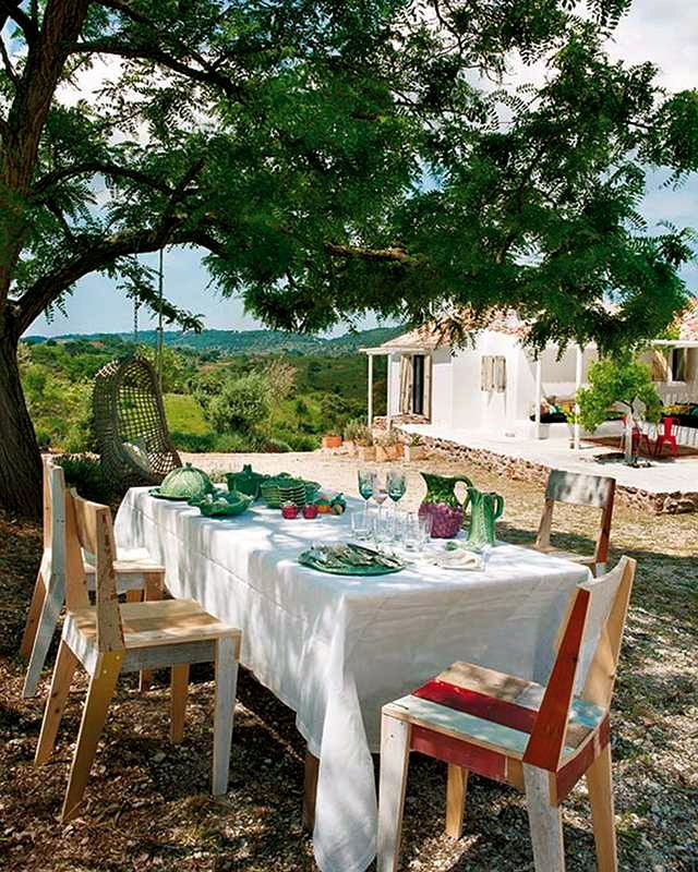...: Summer Picnic, Company Picnics, Summer Dinners, Country House, Lights Lunches, Country Home, Lisbon Portugal, Style File, Outdoor Eating