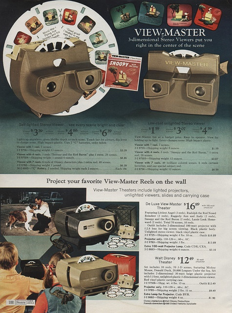 View Masters in Sears Christmas Wish Book Catalog, 1971, by Wishbook, via Flickr.  I had the one on the top left and the bottom projector.
