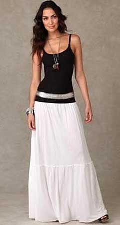 Шикарная белая юбка макси - то, что нужно в ленюю жару! Выкройка юбки макси простая, вы сможете сшить юбку макси за день. Лучший материал для юбки макси - белоснежный батист.